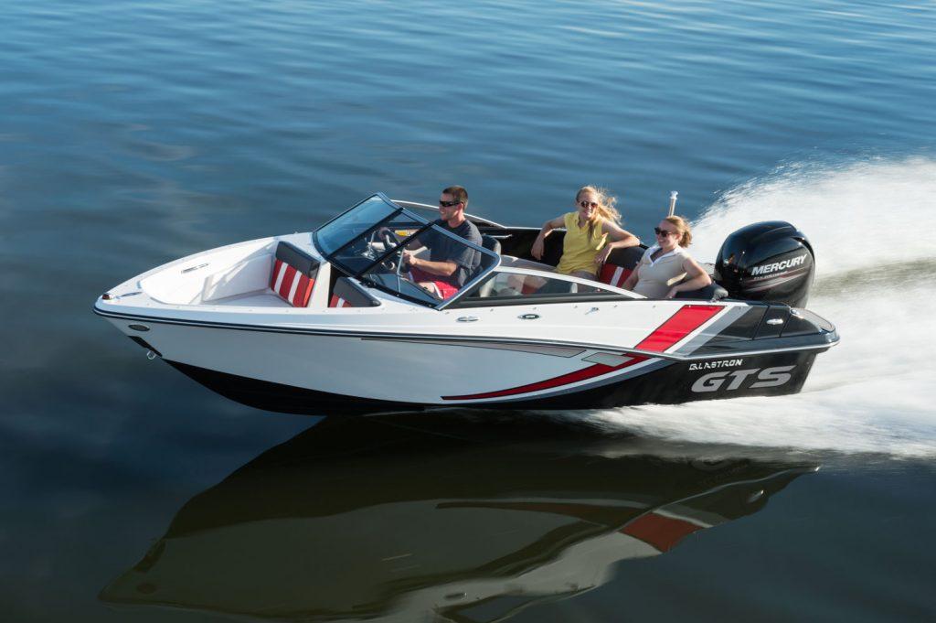 choisir son premier bateau-Glastron GTS 180