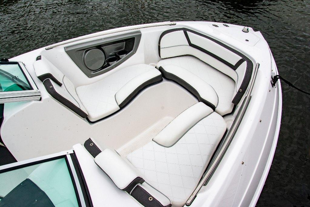 Een slim ingedeelde boot die garant staat voor jaren vol puur vaarplezier.