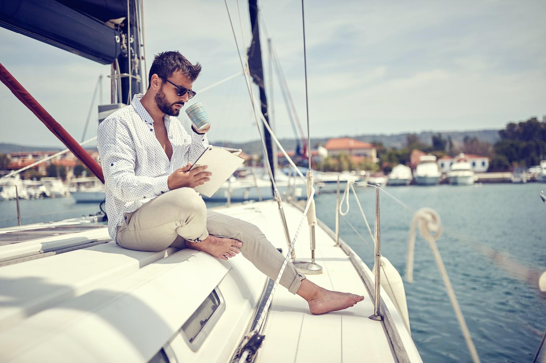 Hoe schrijf je een gekwalificeerde advertentie voor je boot?