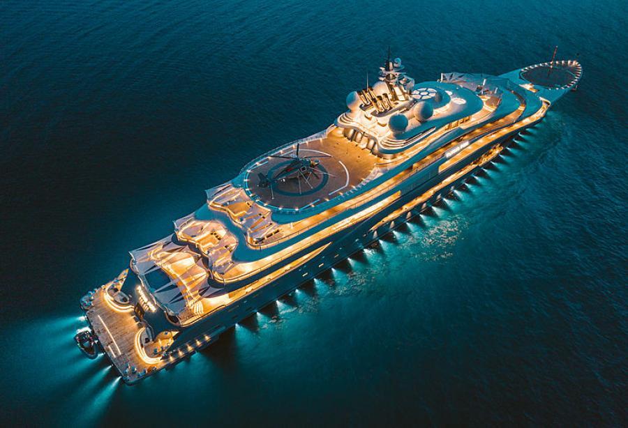 Le-Flying-Fox-yacht-les-yachts-les-plus-chers-du-monde