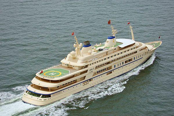 Al-Said-Les-yachts-les-plus-chers-du-monde_