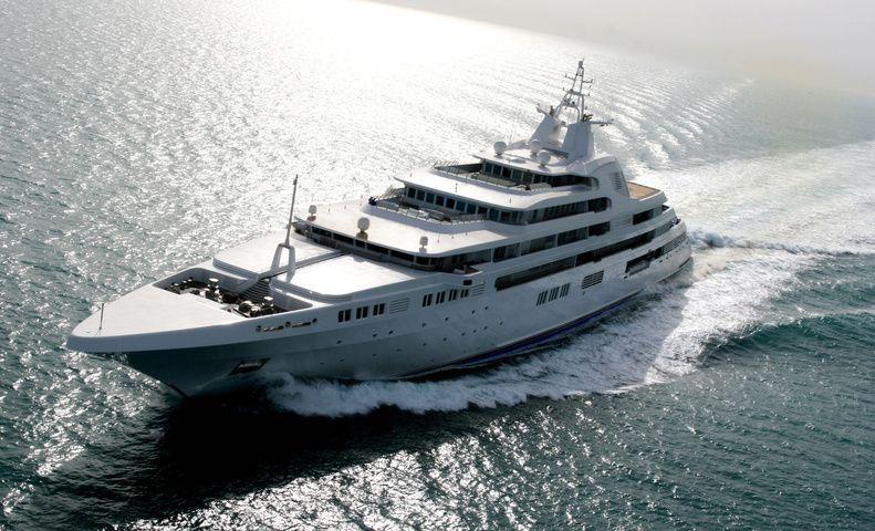 Dubaï-Les-yachts-les-plus-chers-du-monde