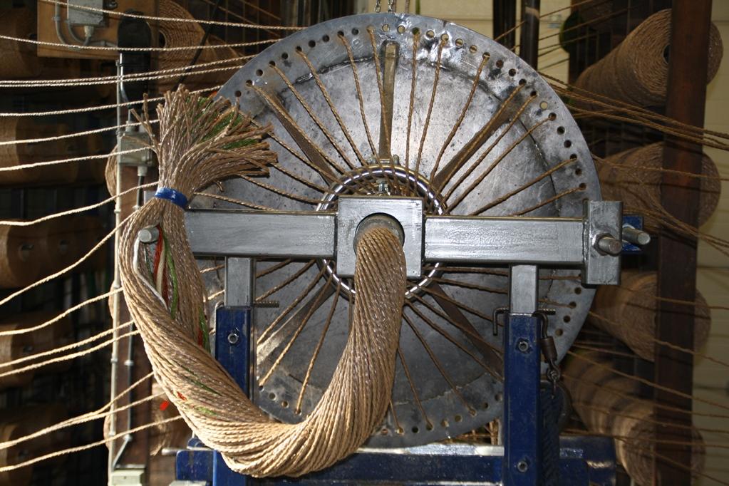 De productie van kabelaring.