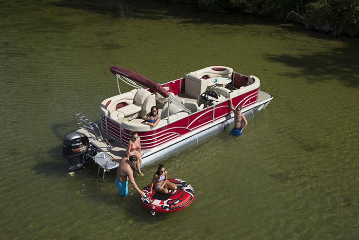 Pontoon boten